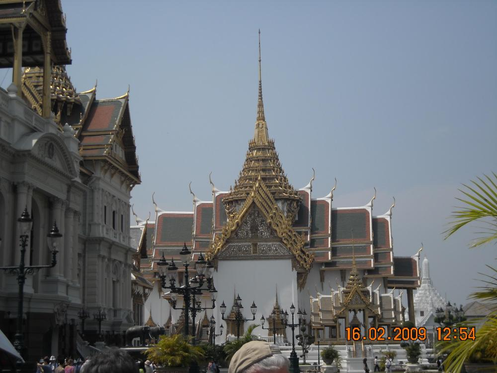 grand-palace-and-temple-2
